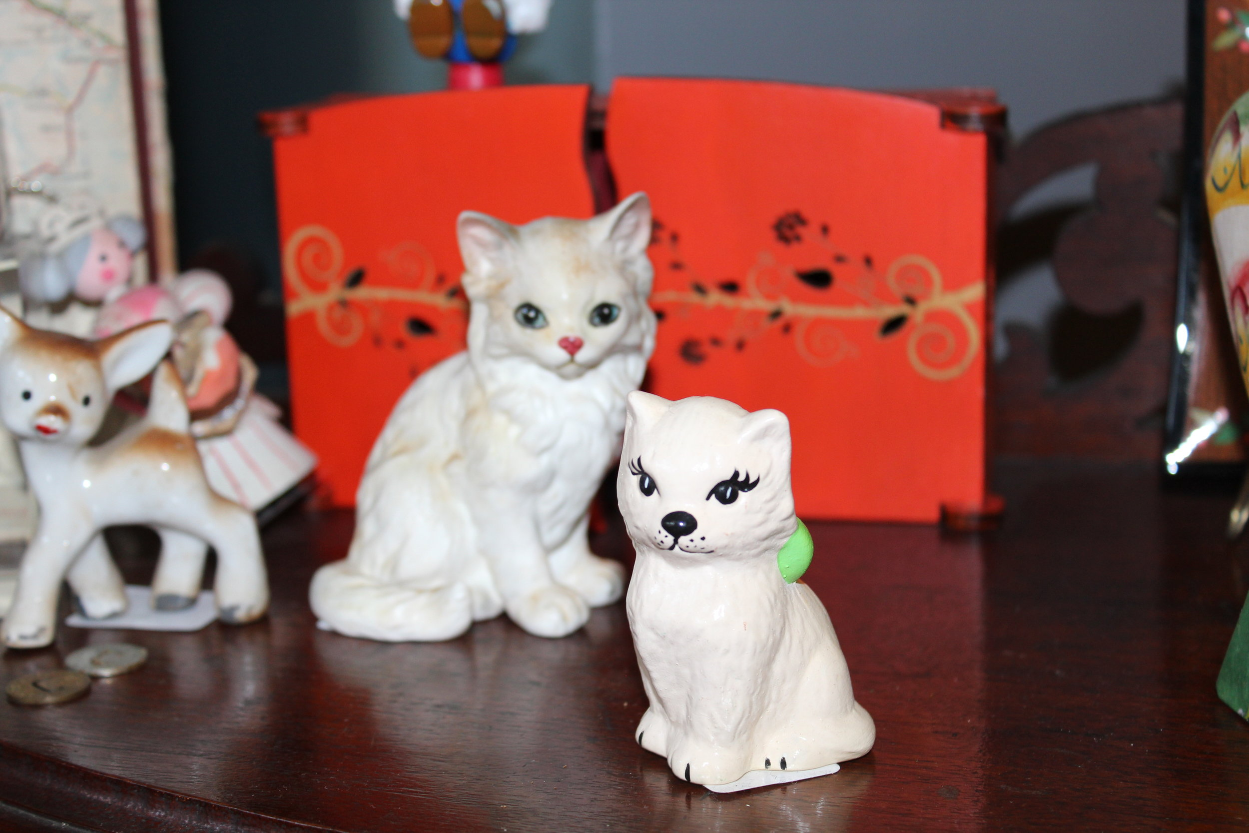 Vintage Porcelain Cat Figurines