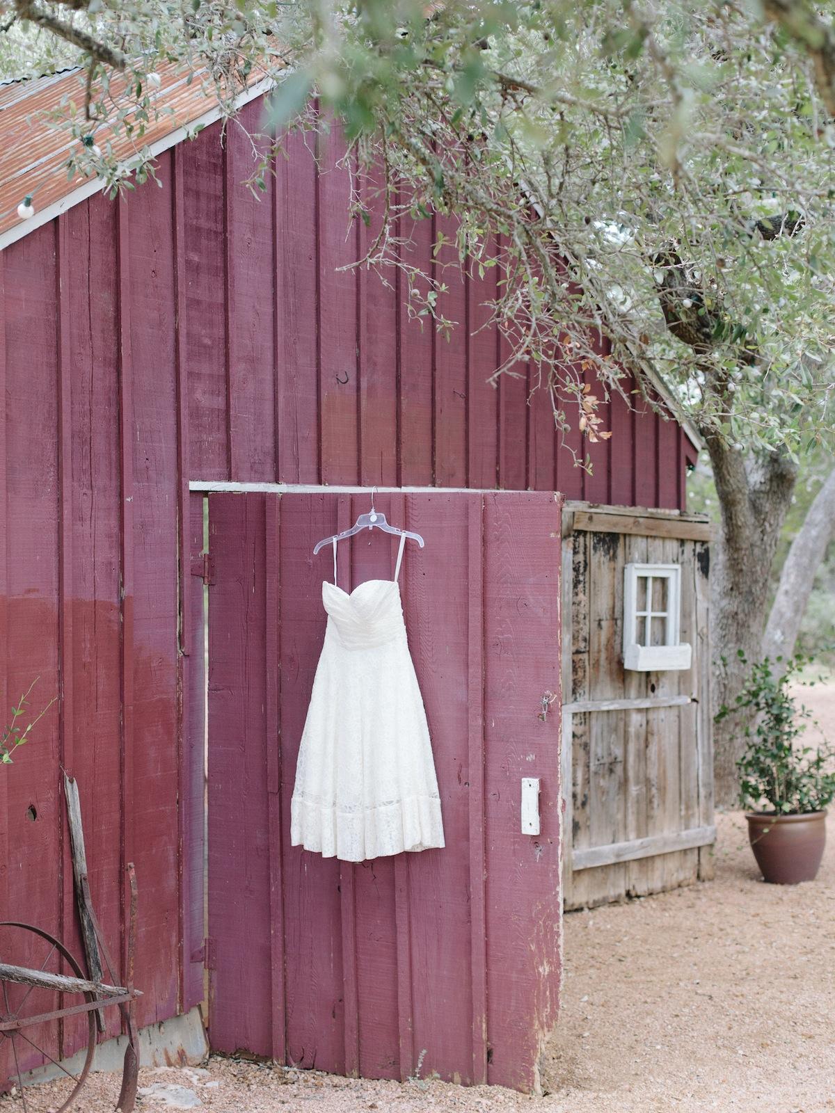 Austin-Wedding-Photographers-Photography-Wildfower-Barn-3.jpg