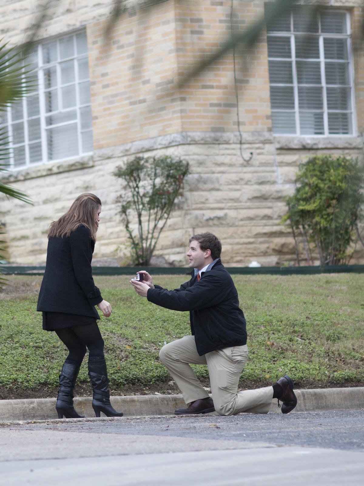 liz_matt_engagement_photography_austin_texas_photographer-3.jpg