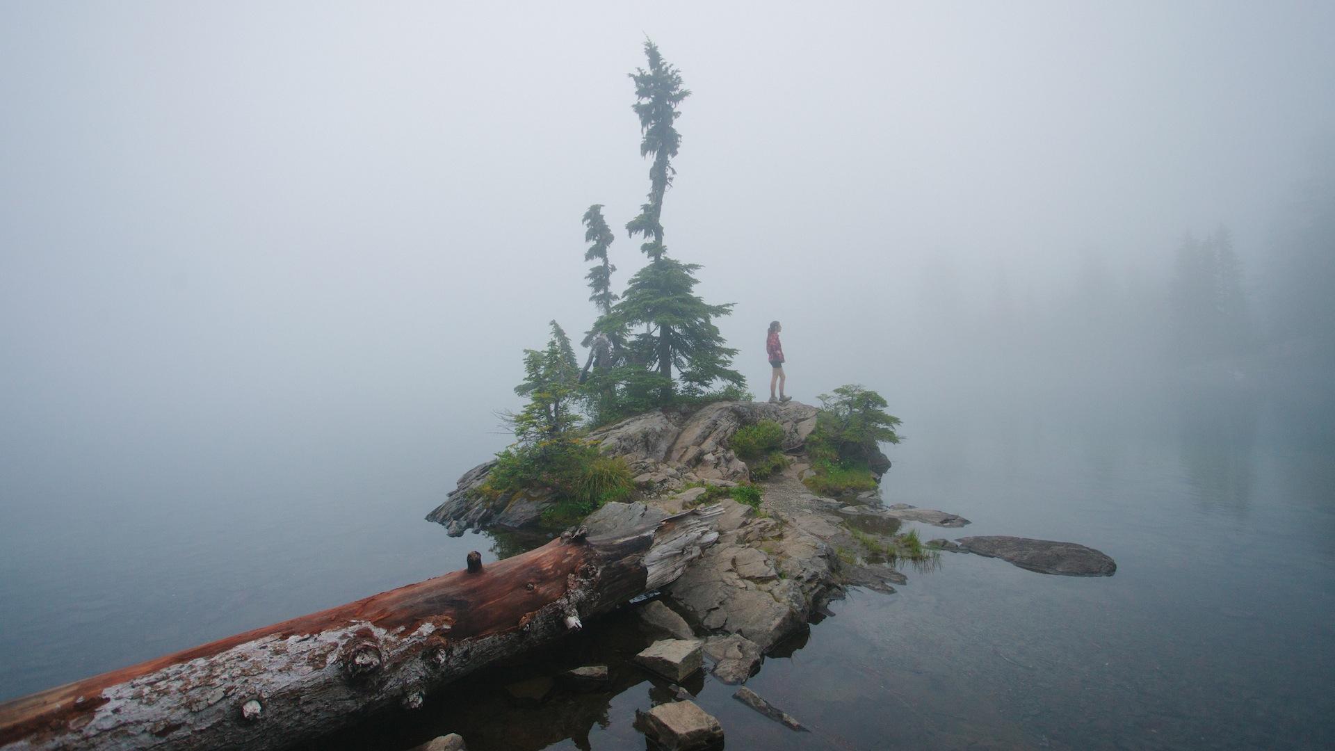 Mt. Ranier Washington Lake-2.jpg