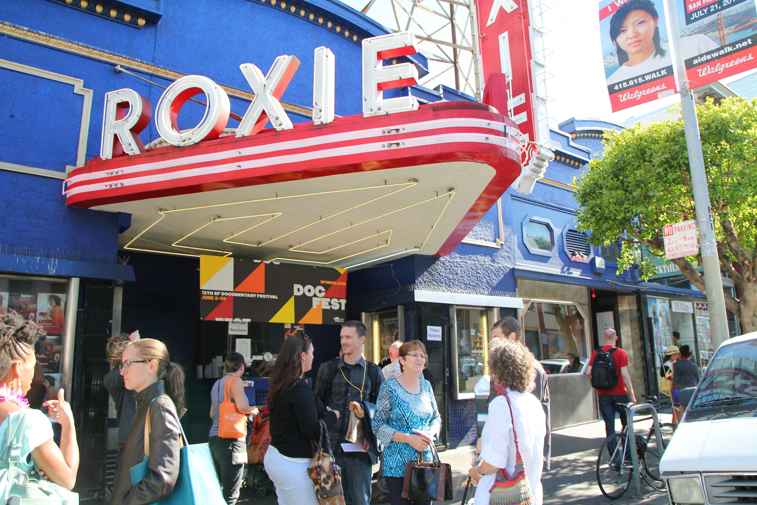Roxie sign.jpg