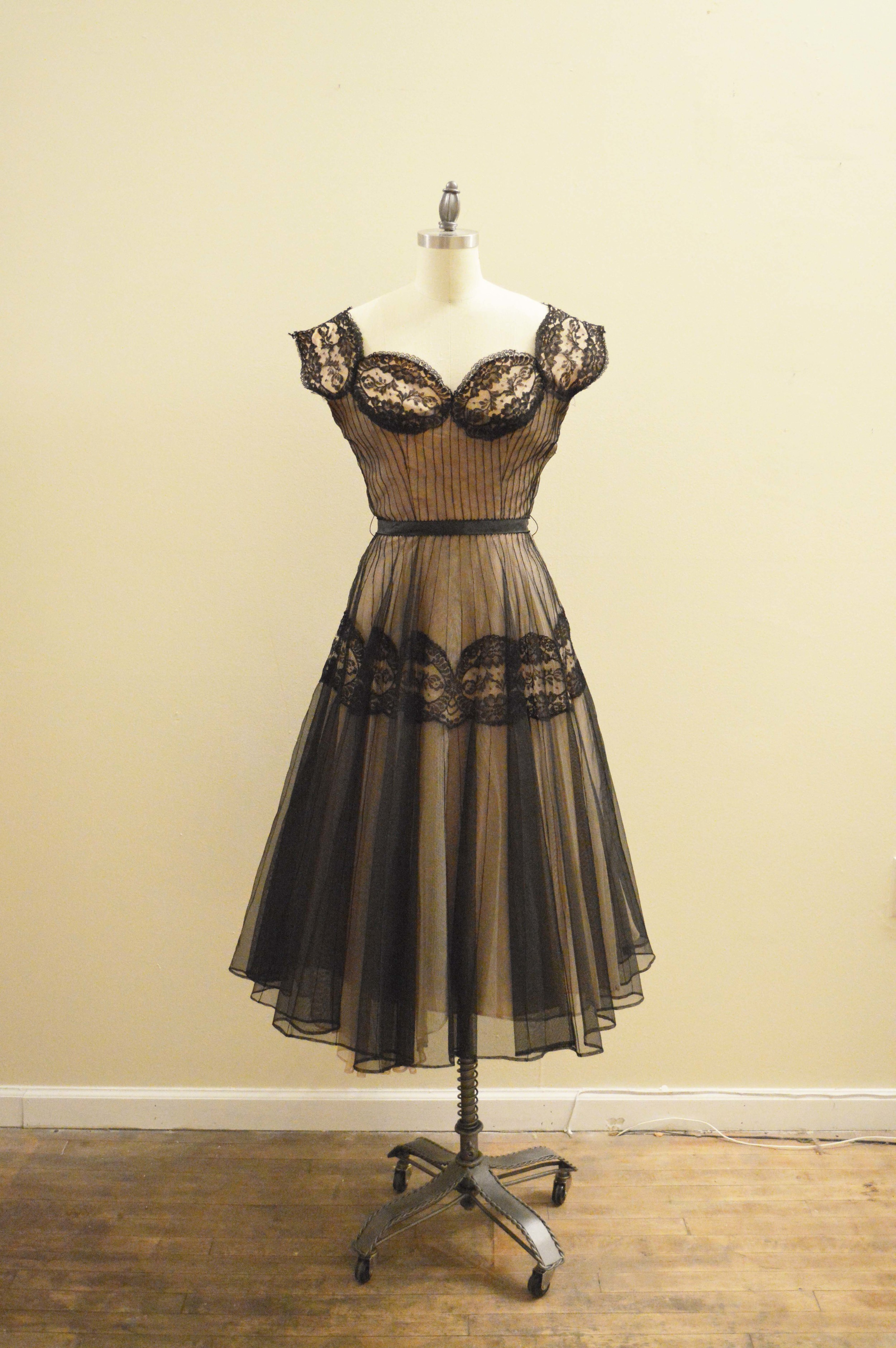 50's black lace tan lining pd front.jpg