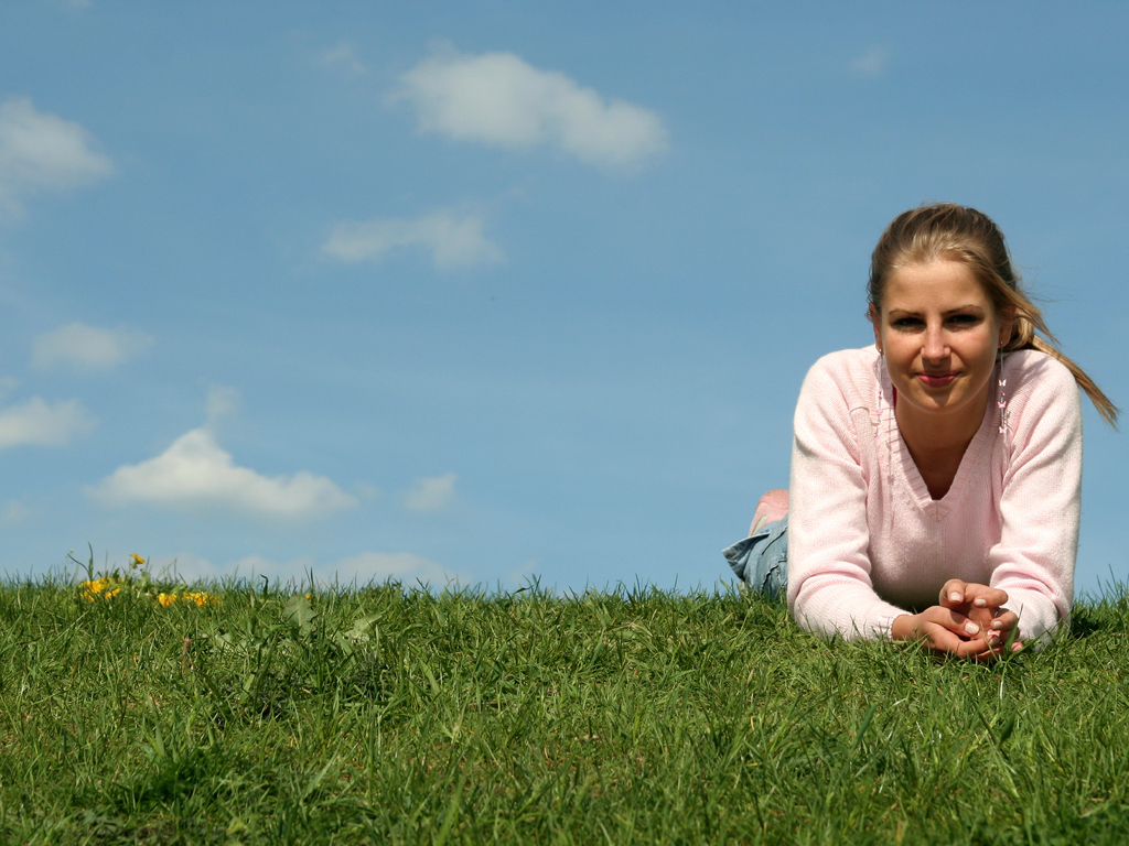 girl_on_grass.jpg