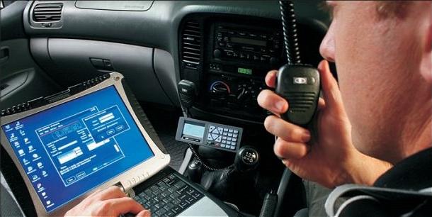 Barrett_Communication_VHF_and_HF_tactical_radio_communications_at_DSA_2014_640_001.jpg