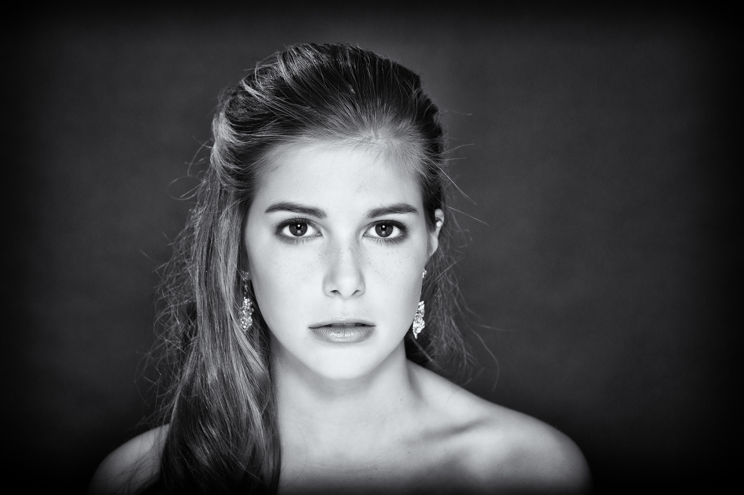 Bridal Portrait in Studio, Basingstoke wedding Photographers, Kenneth Light Studios