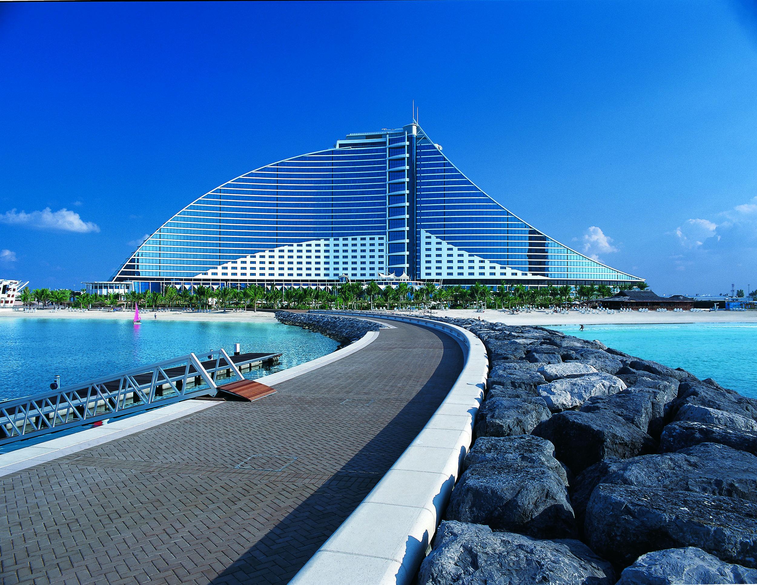 Jumeirah Beach Hotel_FP001.jpg
