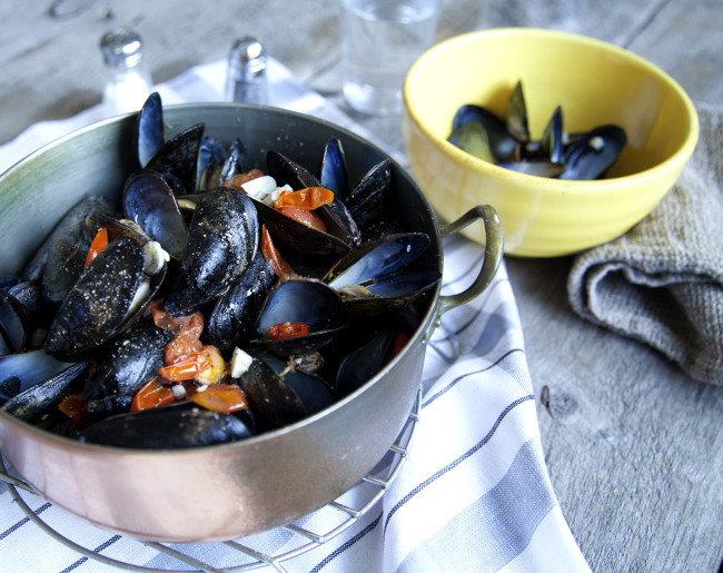 Mussels with Black Pepper.jpg