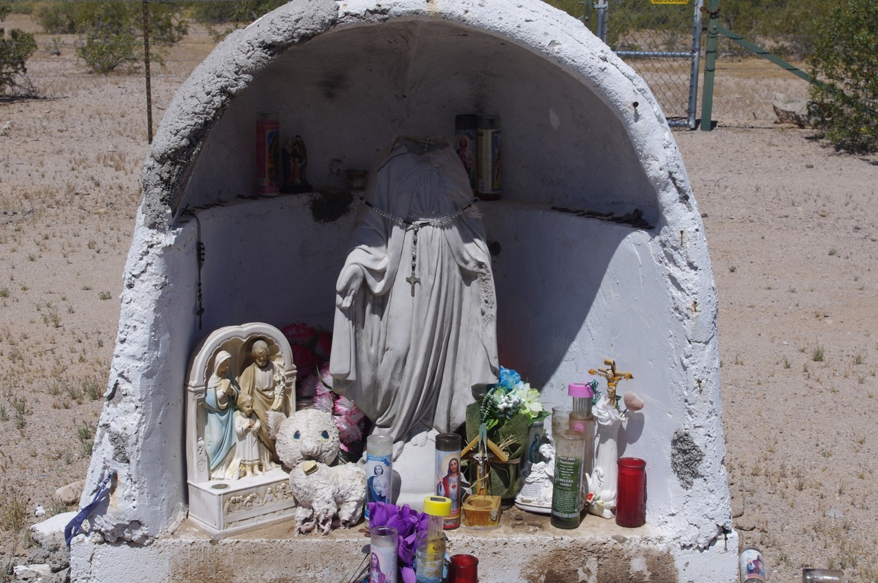 We also found this roadside shrine along highway 79. One sees these every so often on various roads through the desert.