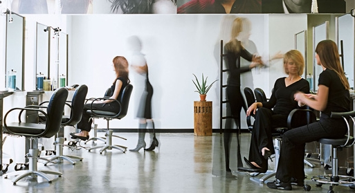 d_201303_bn_find_a_job_at_aveda.jpg