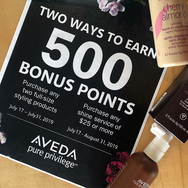 🗣 PSA • #Pureprivelage members!! 📡 500 Bonus points just for you. Not sure if Pure Privilege is right for you? Let's give you some info... . 🌱 AVEDA LOVER 🌿 Free Birthday Gift 🌱 Points that never expire! 🌿 1$ = 10 Points .  Get points for services/products you're buying anyway! Points are redeemable and saveable - for prizes like free hair care products, mala beads, day spa experiences and more! Stop in and talk to any student, educator or staff member for more info • @casalaveda #avedalove #smellslikeaveda #avedainstitute #casalaveda #avedaspa #avedacolor #avedaartist #lovewhatyoudo #naturalbeauty #crueltyfree #vegan #ayurveda