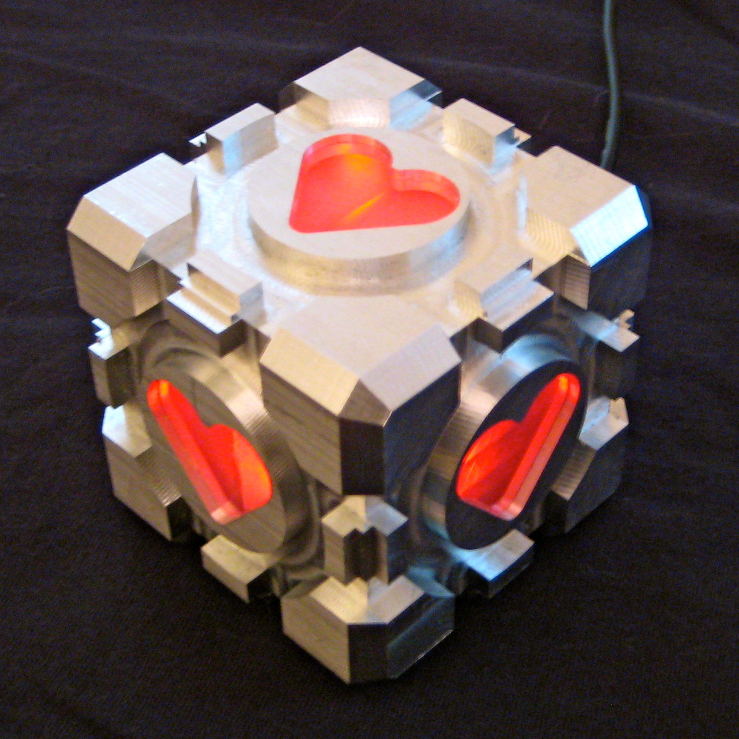 Finished Companion Cube.jpg