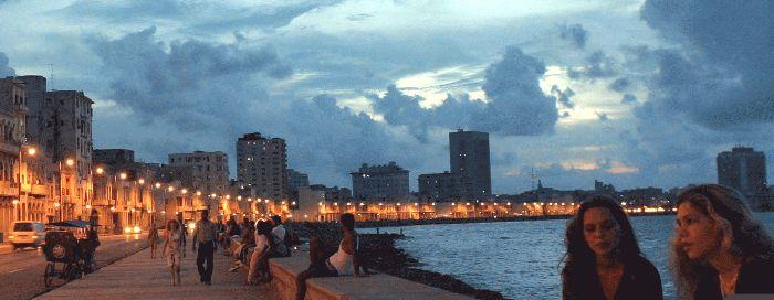 Cuba.Habana.Malecon.01.jpg