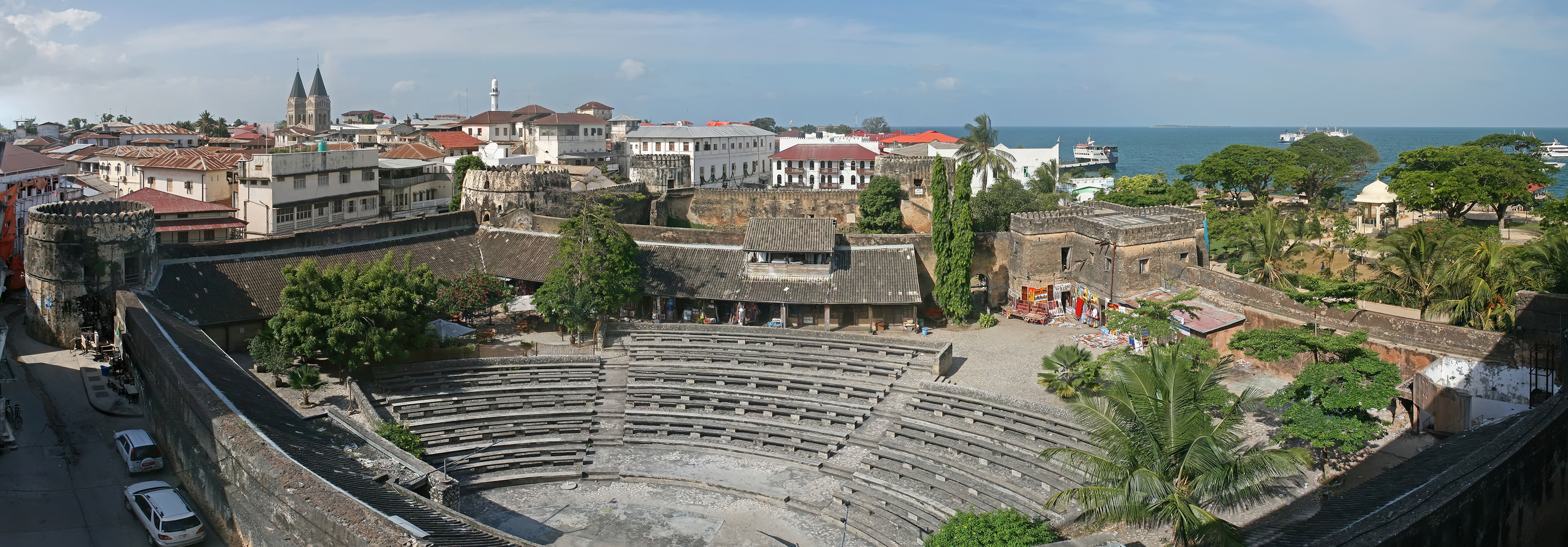 The old fort of Zanzibar, Tanzania (Source: Wikimedia Commons)
