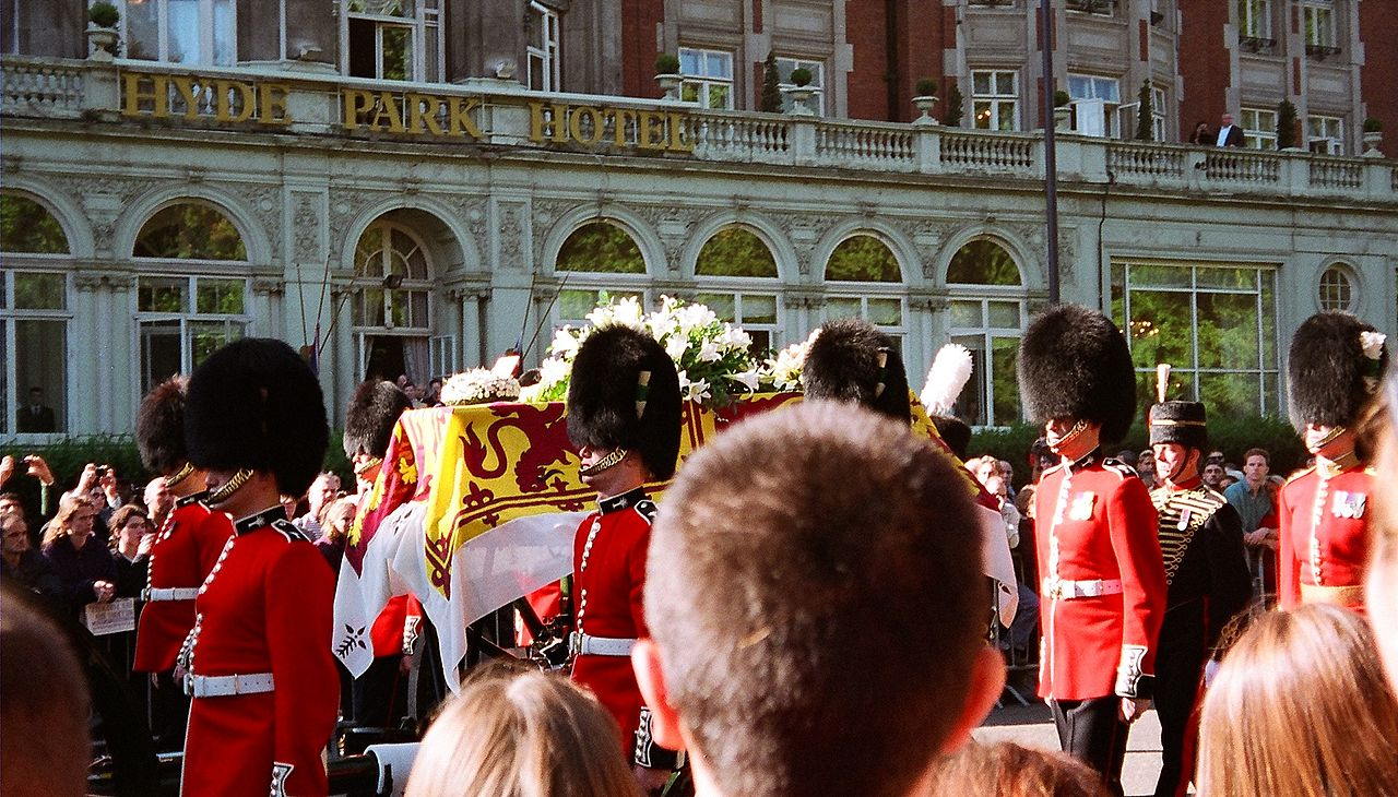 Diana's coffin is borne through the streets of London on its way to Westminster Abbey (Source: Wikimedia - Public Domain Image)