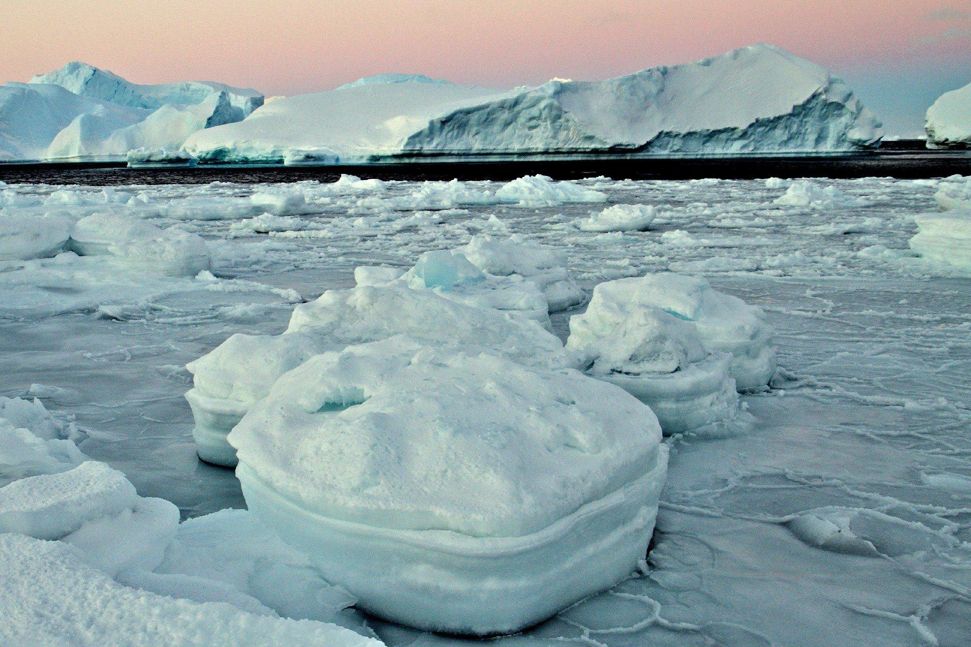 ANTARCTIC SEA ICE (BAS PHOTO)