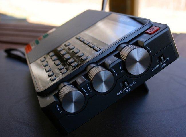 PL-880-RightSide.jpg