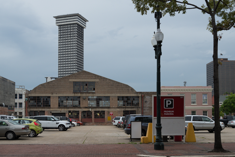 Plaza Tower_2013.jpg