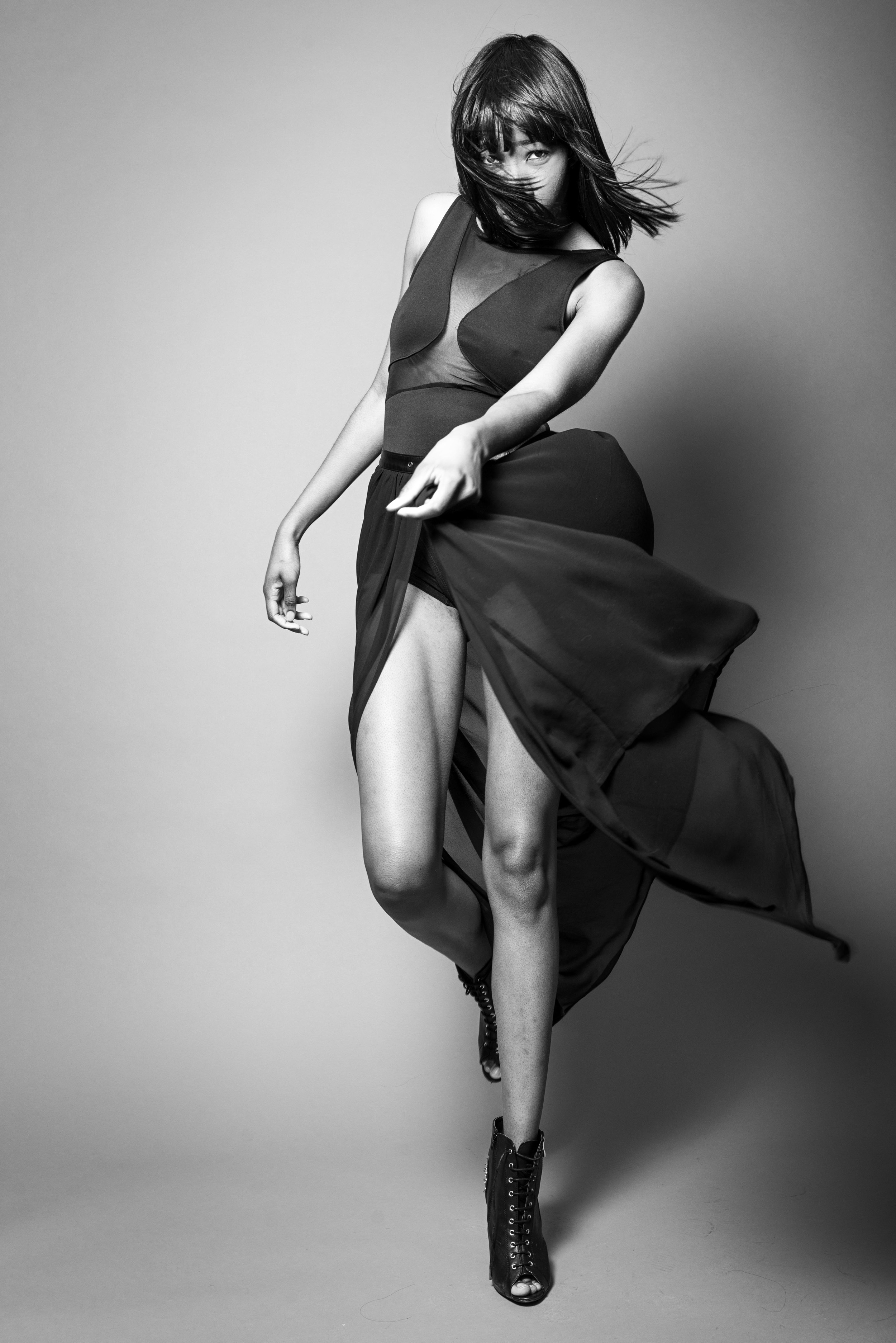 Model Jasmine Bynum from Chicago graced my studio. Long and tall, she had skills