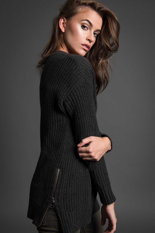 Kate Laurel-165LR.jpg