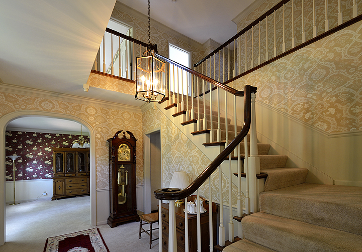 staircase1email.jpg