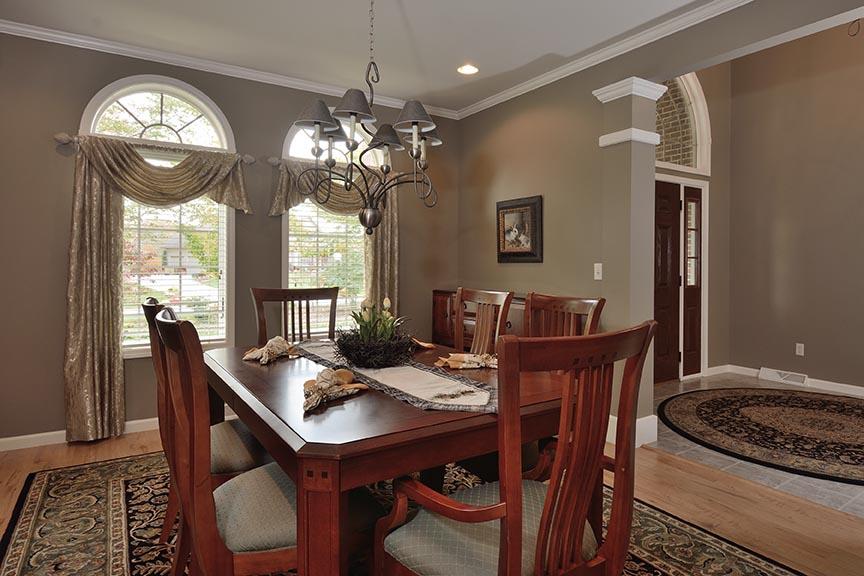 diningroom1email.jpg