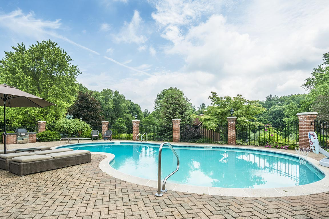 Casual Pool and Deck