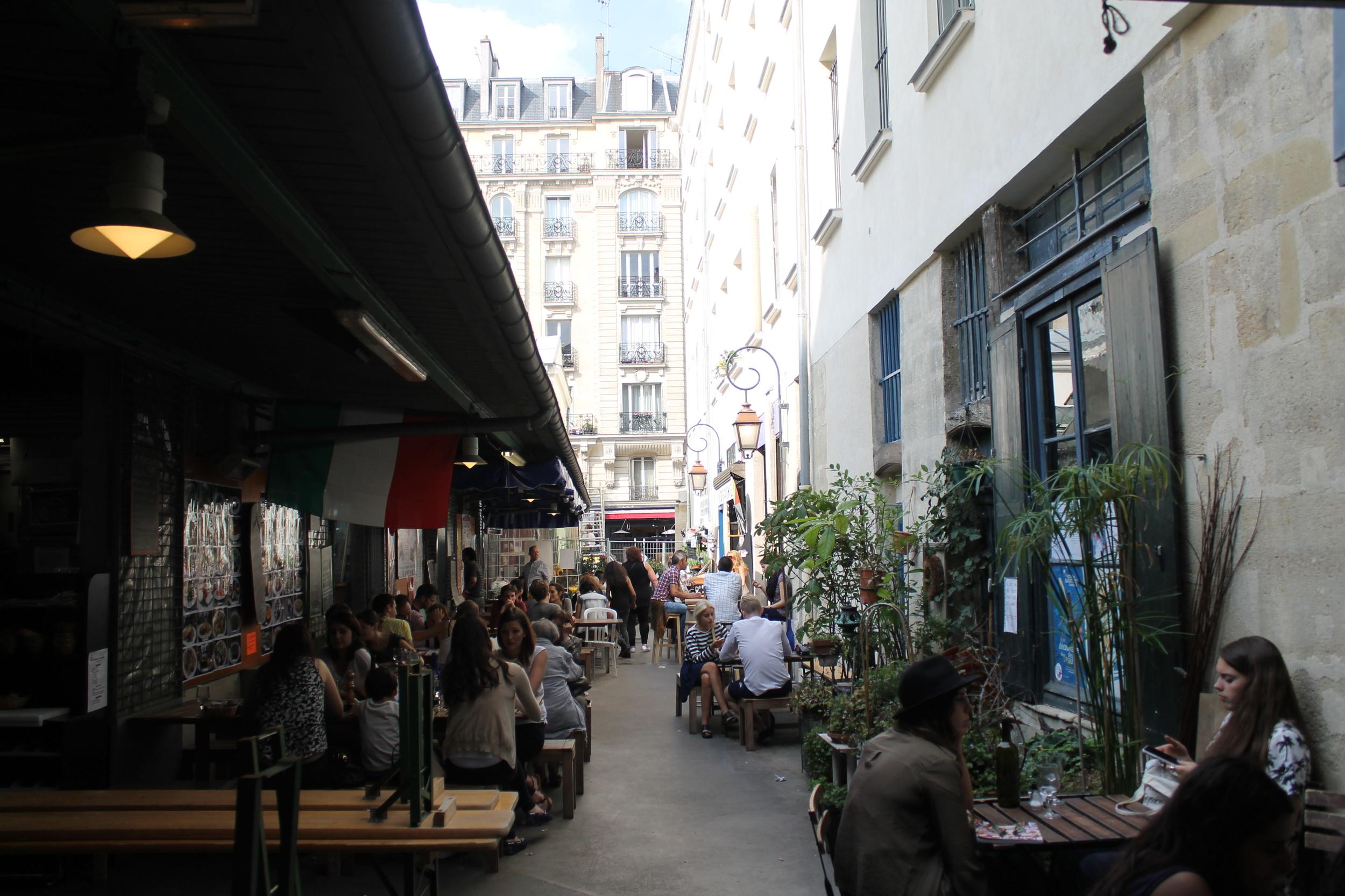 Marché_des_Enfants-Rouges,_Paris_July_2014.jpg