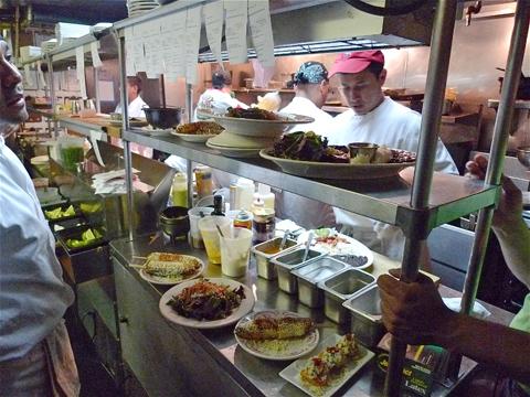 esquina kitchen.jpg
