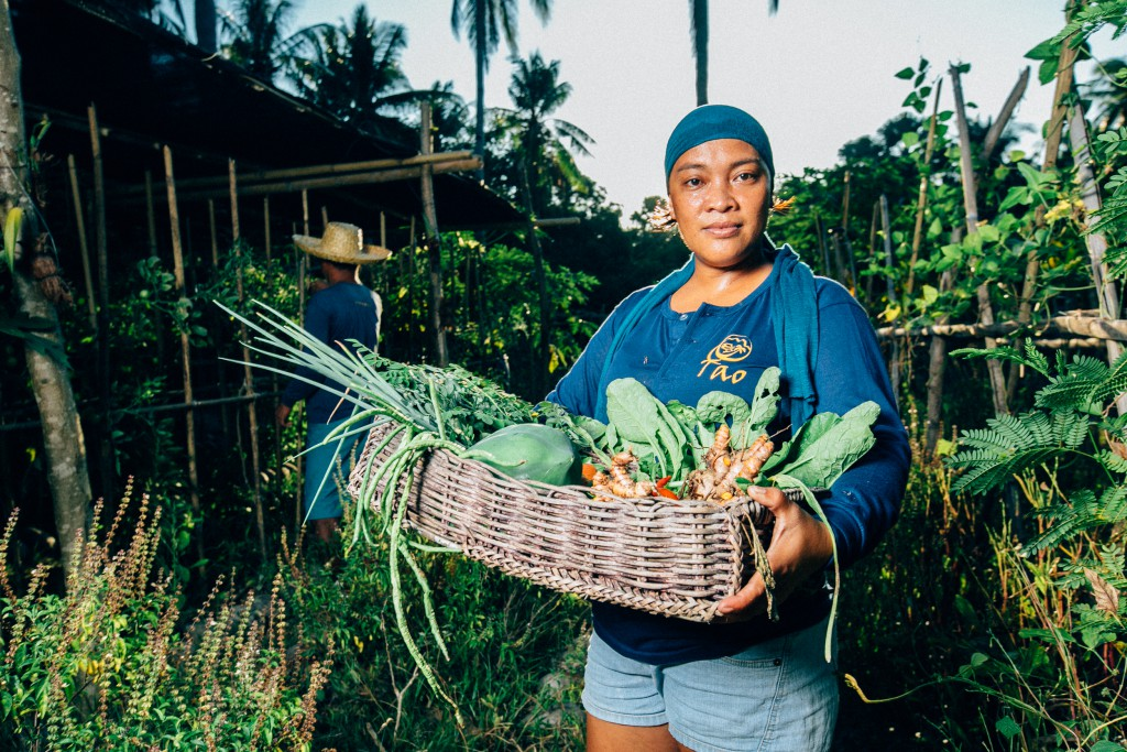 picture-by-scott_sporleder_at-tao_philippines-organic-farming-1024x683.jpg