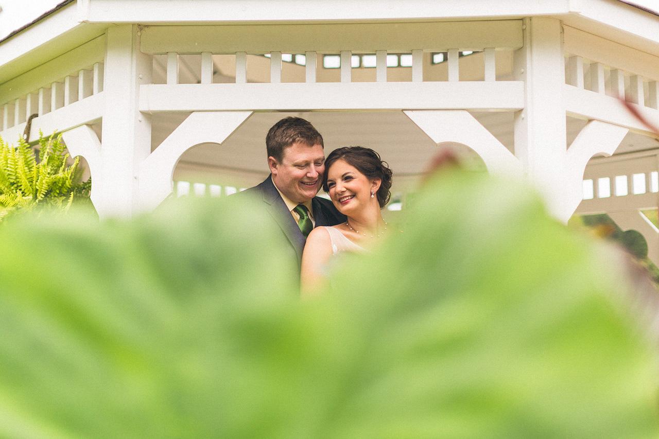 alyssa-dave-wedding-sussex-conservatory-12.jpg
