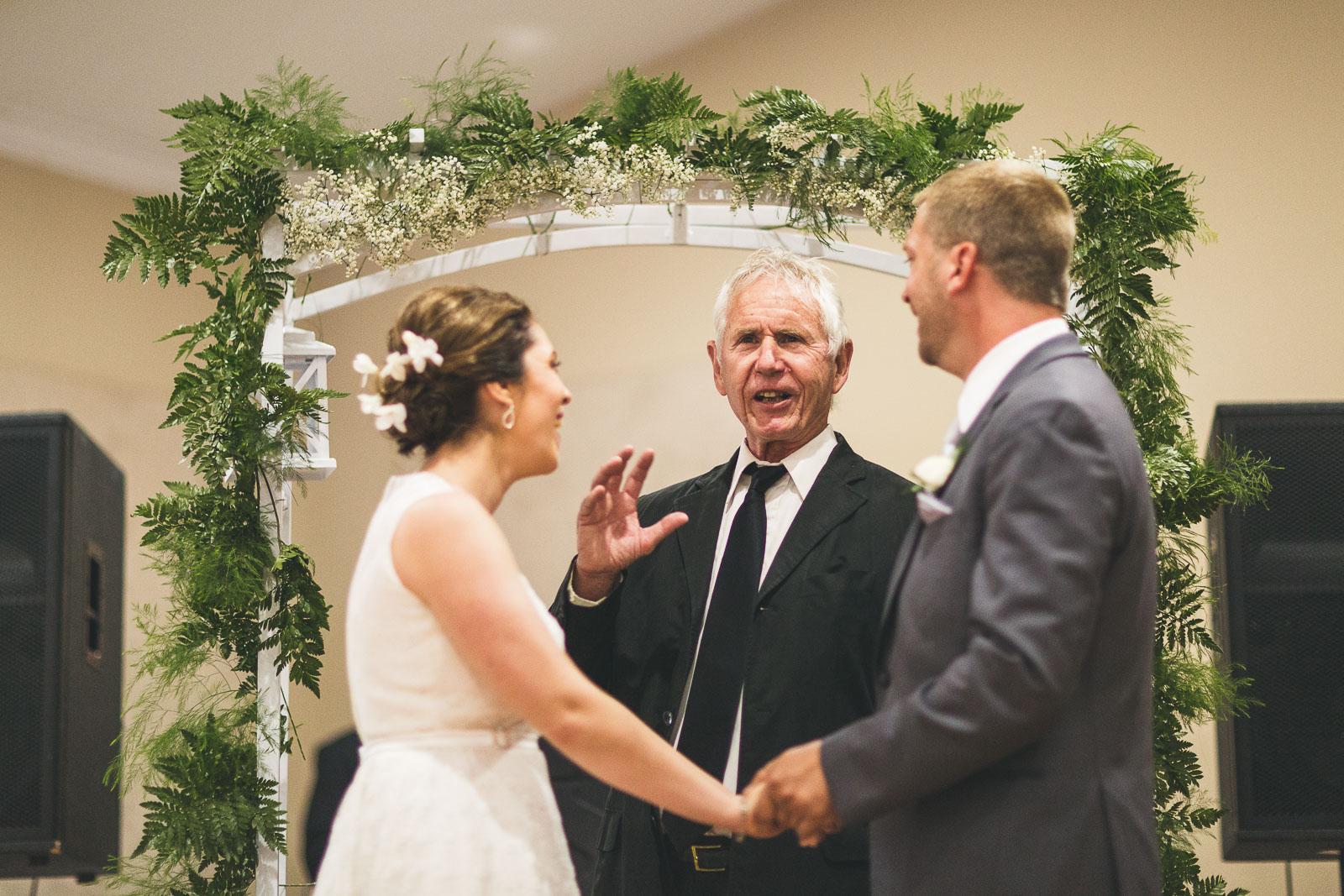 Wedding Officient