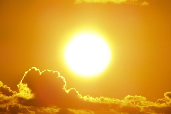 sun-1953052_1280.jpg