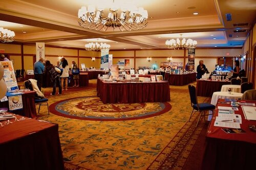 Wide Angle Shot of IANDS Pop-up Bookstore taken from entrance, IANDS Conference 2019. Photo Amanda Linette Meder