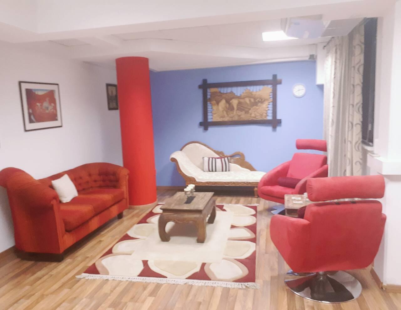 Το γραφείο ατομικής και οικογενειακής συμβουλευτικής και ψυχοθεραπείας που διαθέτει το Κέντρο Ευφυίας και Ευεξίας που λειτουργούμε στη Λεμεσό.
