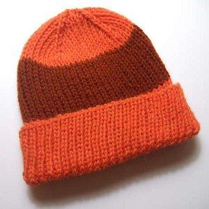 Essential-Knit-Hat-Pattern_Medium_ID-696639.jpg