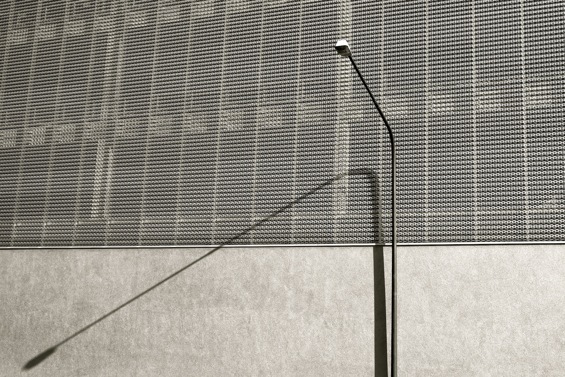 Lamp pole, East end. Frankfurt/Main