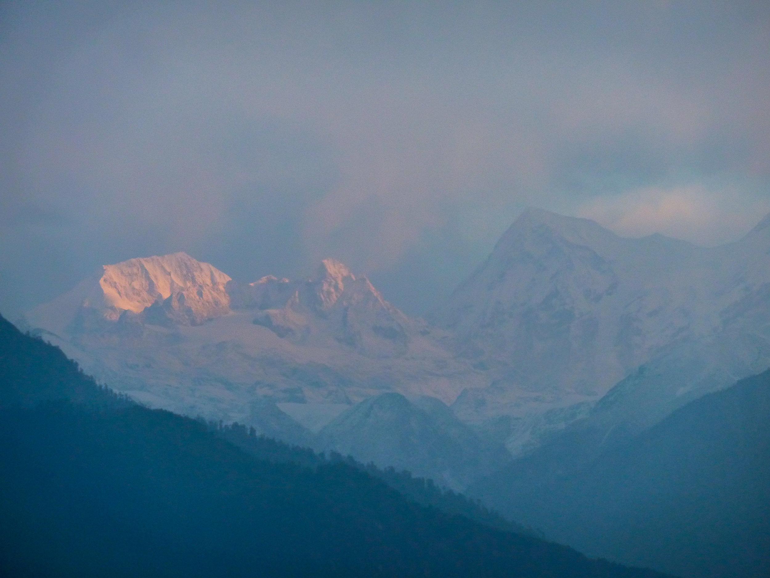 Sunrise over Kanchenjunga-Range