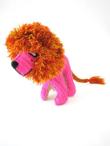 leoncito_pink_3_large.jpg