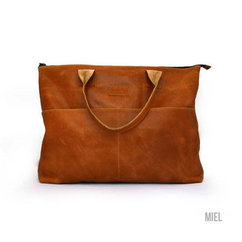 Cueropapeljtijera -Paseo Bag / Tote Bag