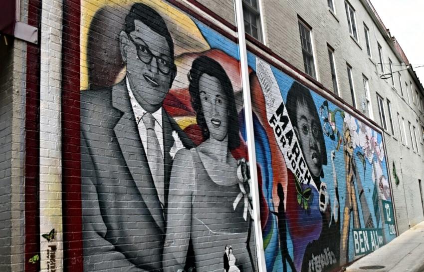 Carpe DC Food Tour Mural.jpg