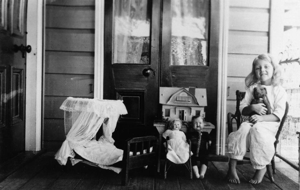 Thursday, July 18:  History of the Doll House at the Schroon Lake North Hudson Historical Society. For kids! 9:30 am - 11:30 am. Reservations are required. 518.532.7615.