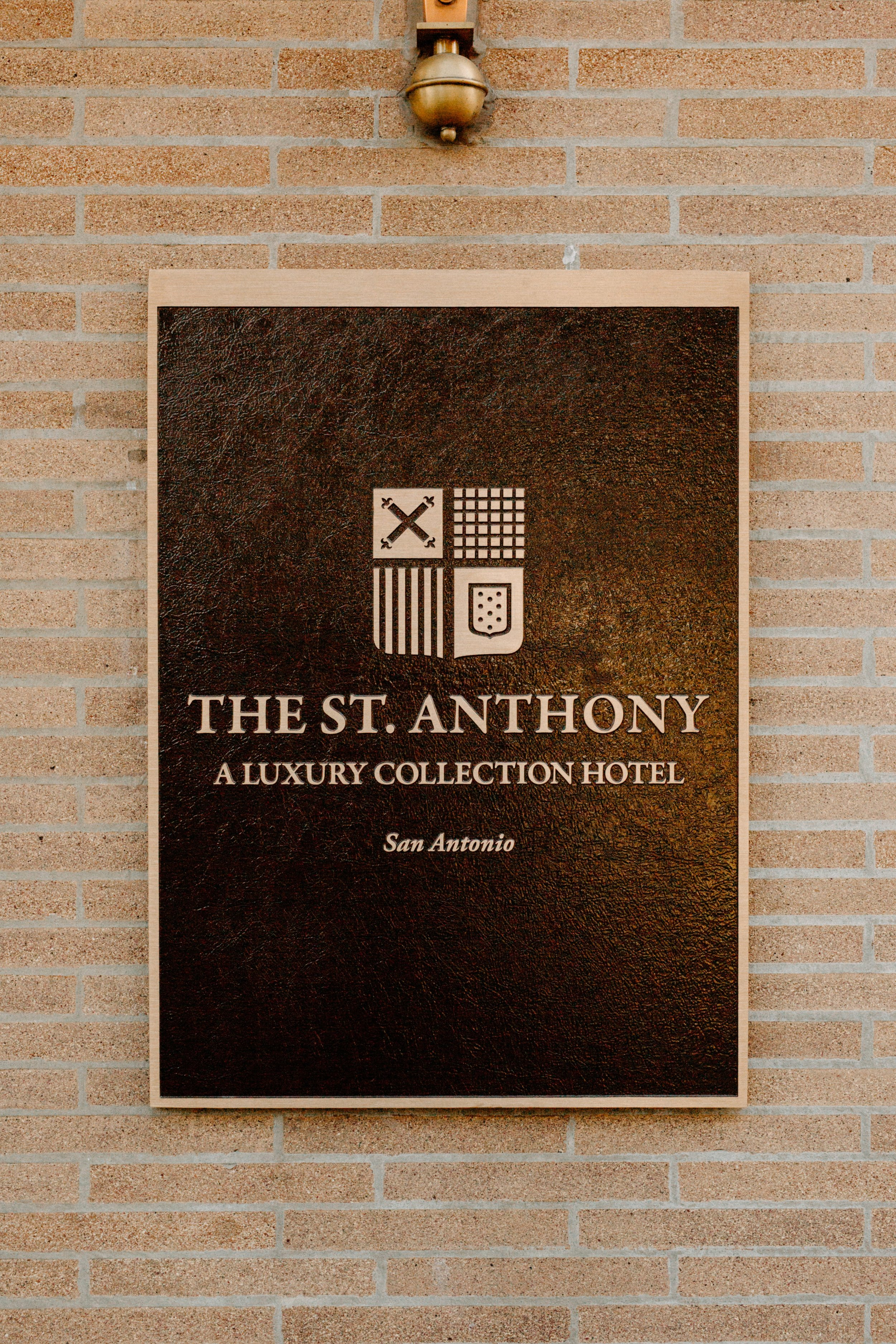 st-anthony-hotel-wedding-photography-9996san-antonio.JPG