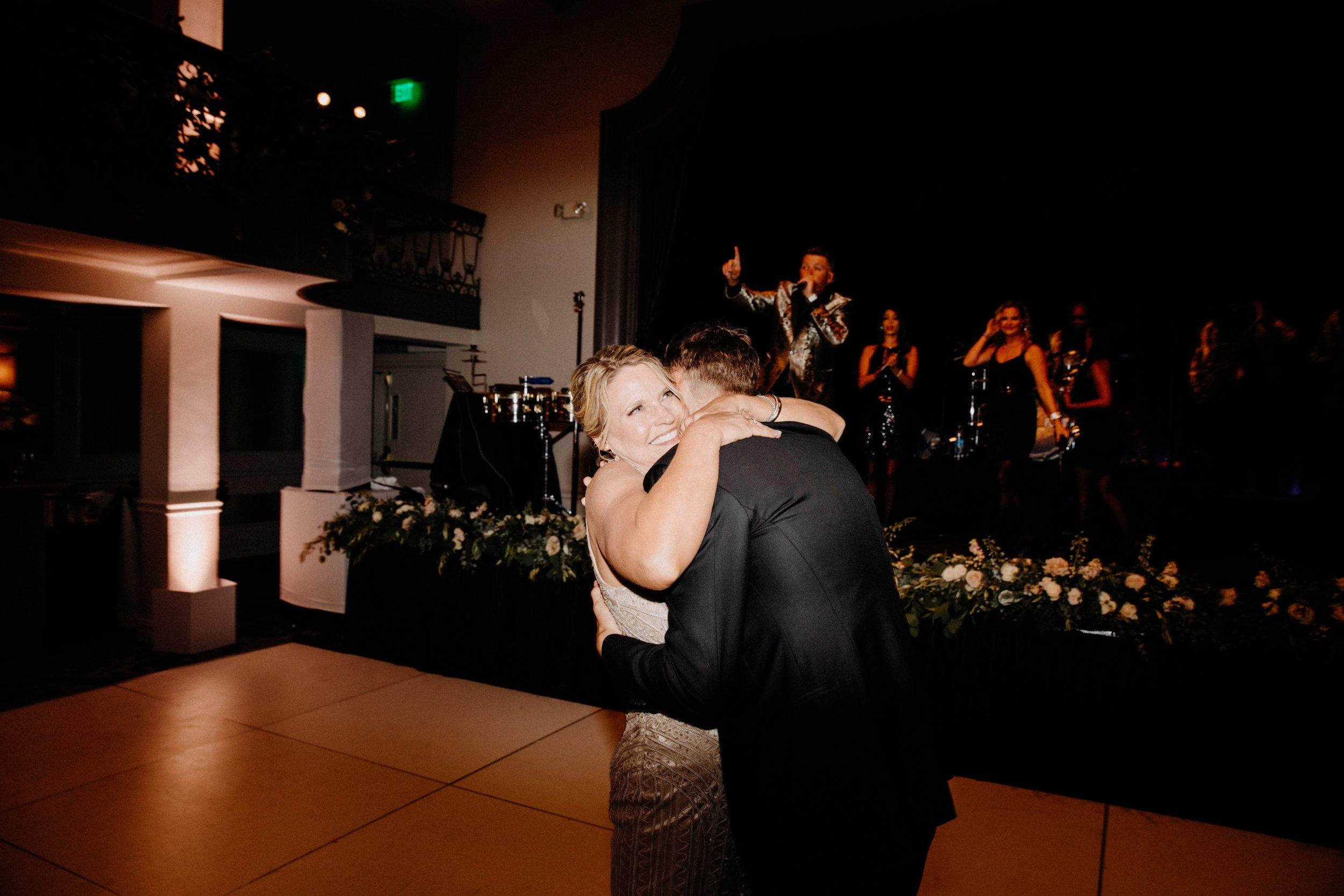 st-anthony-hotel-wedding-photography-10162san-antonio.JPG
