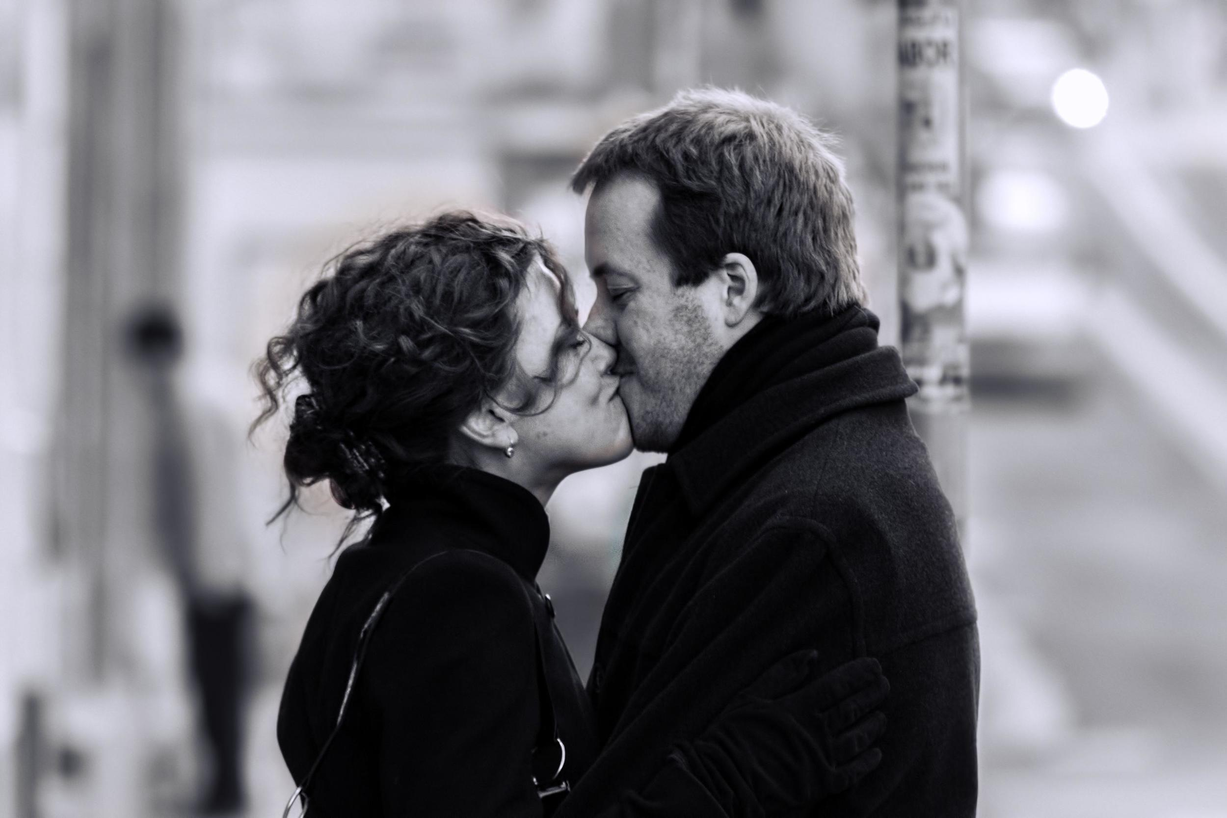 couple smiling kissing fondness admiration therapy relationship improvmeent