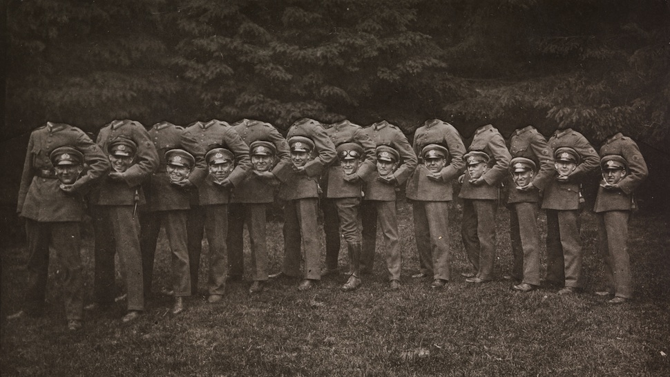 Thirteen decapitated soldiers / unknown / 1910 (credit: Metropolitan Museum of Art)
