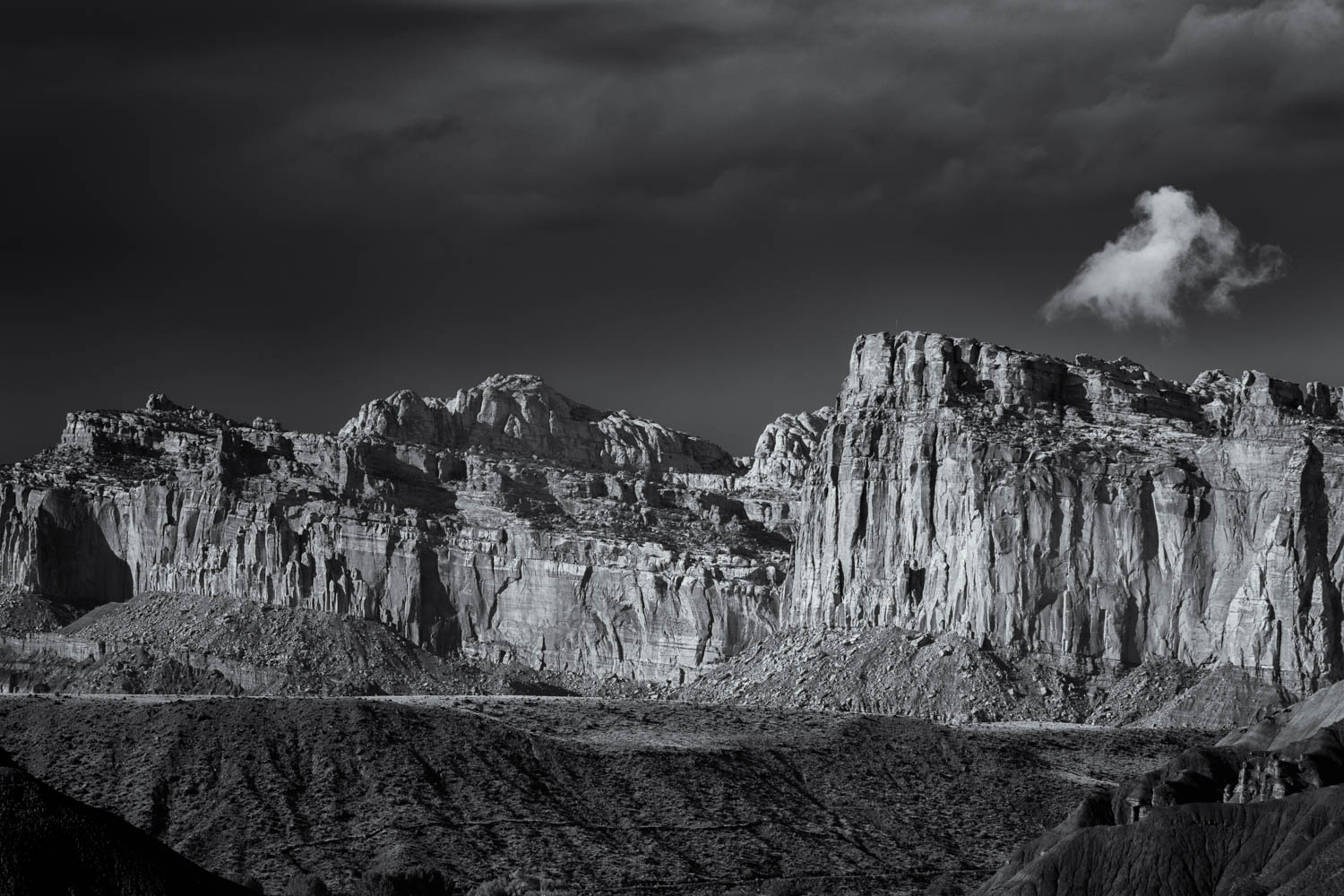 The stor gathers over Capitol Reef NP.jpg