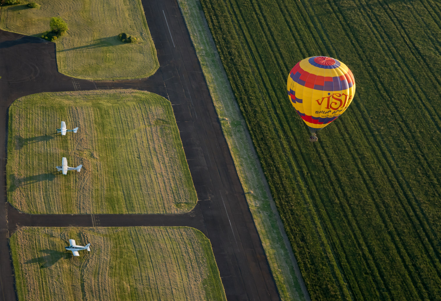 Balloon and airport.jpg