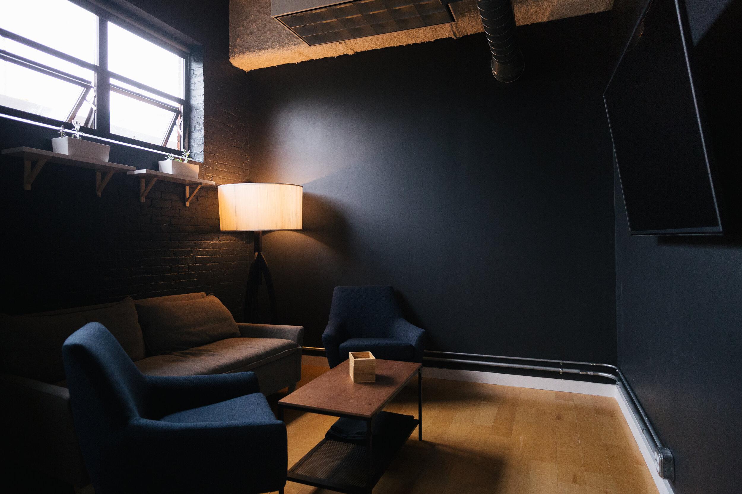 Studio16-7815.jpg