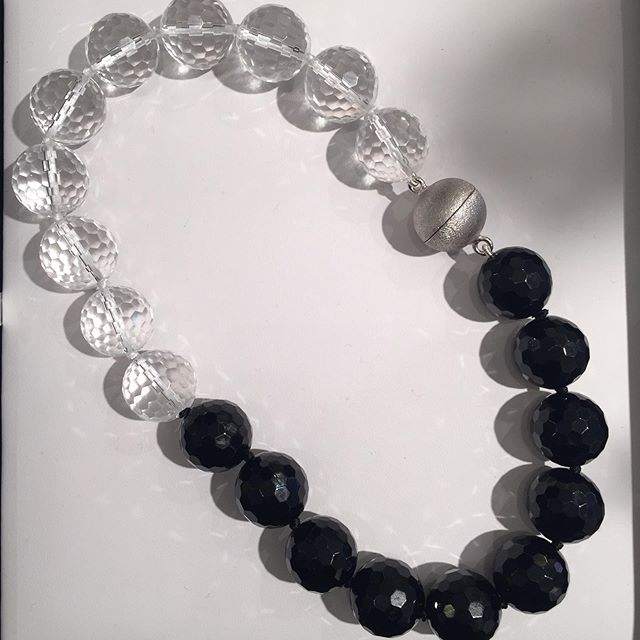 For Black & White mood... • • • #B&W #blackwhite #necklace #onyx #mood #style #madeinny