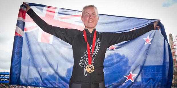Linda Villumsen wins gold! (NZ Herald/Greg Bowker)